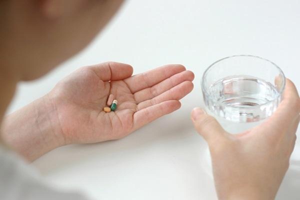 にんにく卵黄と薬を飲み合わせても大丈夫?
